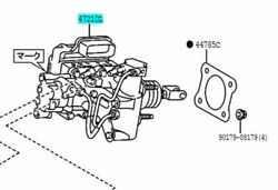 Toyota Genuine 47050-47170 Brake Booster Assy And Master Cylinder Prius Zvw30