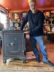 Antique Safe Over 300 Pounds Locked On Wheels Locksmith Primitive Security Rare