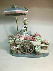 Lladro Vintage Porcelain Flowers Of The Season 01001454 Girl With Flowers