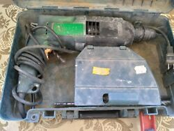 Bosch Bulldog 11228vsr Rotary Hammer Drill With Plastic Case And Bits