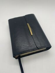 Vintage 1985 Thomas Nelson New King James Bible Black Leather Cover W/clasp 244s