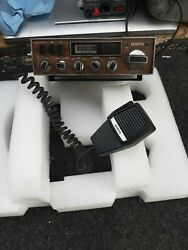 Robyn Sb5100 Cb Radio Am Lsb Usb For Parts Or Repair Sounds Clean