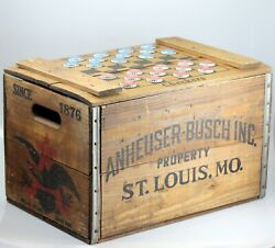 Vtg Anheuser-busch Budweiser Wooden Beer Crate W/ Checkers Lid And 24 Bottle Caps