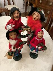 Byers Choice Carolers Family- Dad Mom 2 Daughters