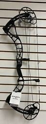 New Bowtech Archery Solution Bow Black 70lb Righthand