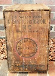 Vtg Atlantic Motor Oil 2-5 Gallon Cans Wood Shipping Crate W Lid Rare