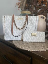 Leather Coated Canvas Purse Gold Chain Straps And Matching Wallet