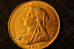 1900 Britain Full Sovereign Queen Victoria Gold Coin- 100 Authentic