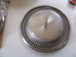1971 1972 Olds Mobile Toronado Hubcap 15 Wheel Cover Oem Used Dent And Scratchd