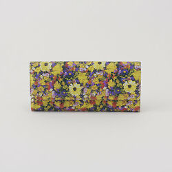GENUINE and NWT HOBO Sadie Wallet in Daisy Floral Print