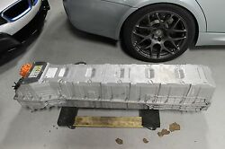 BMW i8 HIGH VOLTAGE BATTERY ASSEMBLY