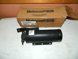New Oem Ford 1994 And Up Medium Heavy Truck Drier + Recovery Tank Assembly Yl-173