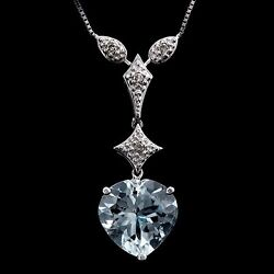 Lovely 2 1/4 Carat Aquamarine And Diamond 10kt Solid White Gold Heart Necklace