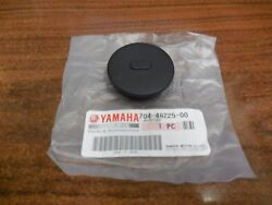 Yamaha 704-48225-01-00 Push In Cover For Throttle Advance Old 704 Controllers