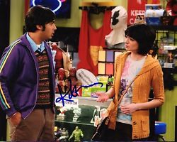 Gfa The Big Bang Theory Lucy Kate Micucci Signed 8x10 Photo Mh3 Coa