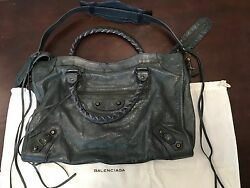 Authentic Balenciaga Classic City motorcycle bag in Anthracite - Medium $750.00