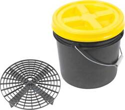 Grit Guard Basic Wash System 3.5 Gallon Black Pail With Yellow Lid