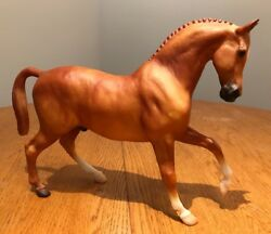 Breyer #700400 Holiday Hunt Horse (no tack)