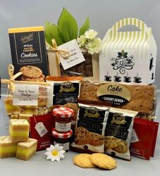 Ladies Mum Birthday YANKEE Scented Candle Wax Melts Bath Bombs Pamper Gift Box