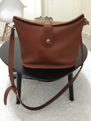 Vintage Rare Coach Black Leather Cross-body Bucket Bag
