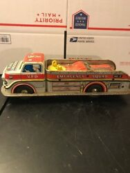 Marx Vfd Emergency Squad No 2 Metal Litho Battery Op Fire Engine Truck Toy