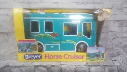 Breyer Horse Cruiser Traditional size Horse Trailer