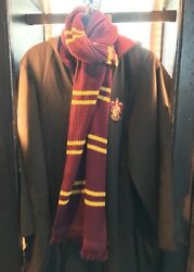 Universal Studios The Wizarding World Of Harry Potter Gryffindor Scarf New