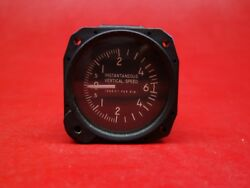 Tokyo Aircraft Instrument Iv Instantaneous Vertical Speed Indicator Pn Ca-34-1