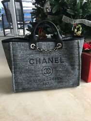 NEW AUTHENTIC CHANEL DEAUVILLE LARGE SHOPPING 30CM CHARCOAL! NO BOX JC