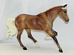 New NWOB Breyer Horse 1291 Gem Twist Picture Perfect Thoroughbred Palomino
