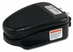 Linemaster 636-S Clipper Foot Switch Electrical Single Pedal Momentary 2- No
