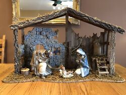 Lladro 4 Piece Nativity Set. Joesph, Mary, And Jesus, Stable. Retired And Rare