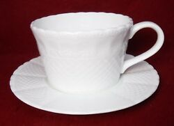 China Spring Lace White Pattern Large Breakfast Cup And Saucer Set