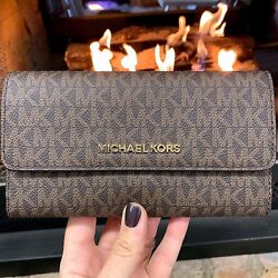 MICHAEL KORS JET SET TRAVEL LARGE TRIFOLD MK SIGNATURE WALLET BROWN $65.95