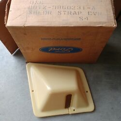 Nos Ford D8tz-9860231-a 78 79 Bronco Front Seat Belt Cover Housing Drivers Side
