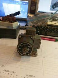 Great Lakes Aircraft Pressure Switch P/n 100-383 Military Surplus