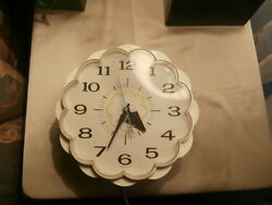 Vintage 60's General Electric Ge Display Plastic Flower Wall Clock Made Usa