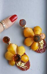 Butterscotch Amber And Carved Carnelian In 16k Gold +diamonds Earrings Certified