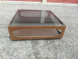 1960and039s Mid-century Modern Lane Coffee Table With Smoke Glass Top