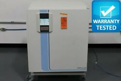 Thermo HERAcell 240i CO2 Incubator