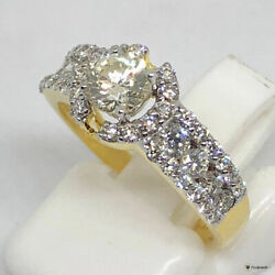 White Gold Ring, Model Shape With The Central Diamonds 0.35 Carat