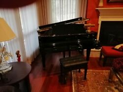Boston baby grand piano With  QRS Pnomation