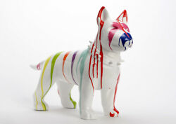 Large Bull Terrier dog statue in resin for outdoor decoration. Length 25.6