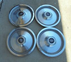 15 1975 76 77 78 79 80 81 Lincoln Town Car 82 Hole Hubcaps Wheel Covers