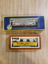 A.h.m. Ho Scale Barnum Special Car And Tyco Gondola W/logs Pine Hill W/bowes