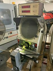Gage Master Benchtop 12 Comparator With Gage Master Dro