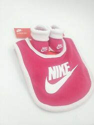 Nike Baby Booties and Bib Girls Gift Set Size 0-6 Months Pink Shower C3 M
