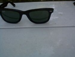 Ray Ban Ray-Ban Wayfarer subglasses parts or repair