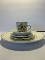 Royal Warwick Sunflower England 5pc Place Setting 9 Sets Available