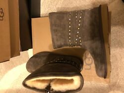 Nib Authentic Ugg Women Classic Leather Studded Boot Size 10 W/dillards Tag